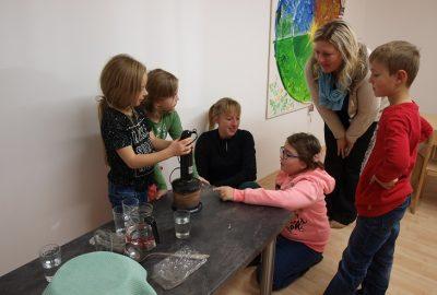 Kräuterpädagogin Eunike Grahofer bei uns zu Besuch